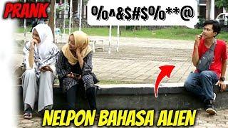 Video TELPONAN BAHASA ALIEN | Prank Indonesia MP3, 3GP, MP4, WEBM, AVI, FLV Maret 2019
