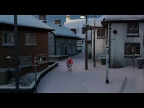 ARTHUR CHRISTMAS Film Clip - 'Elf Down'