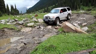 За 10 дней приключений по Кыргызстану было пройдено 2400 км дорог общего пользования, а так же горных дорог...