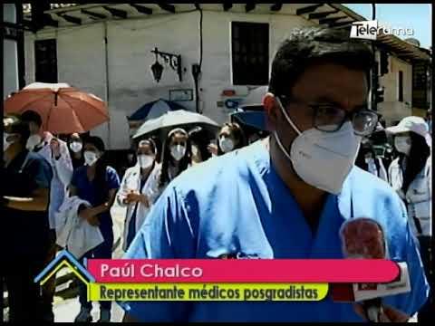 Médicos posgradistas protestan en exigencia de pago de sueldos