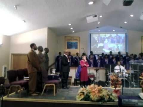 9 yr old Kyla Davis sings The National Anthem at Church