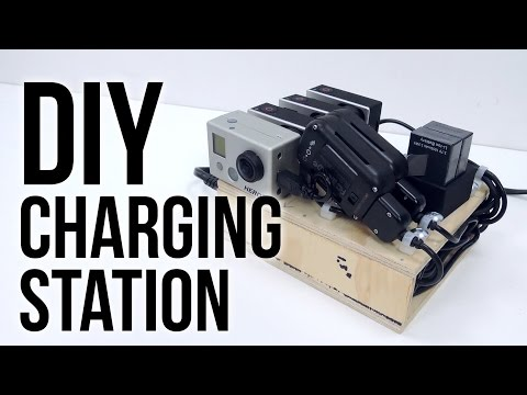 port - Boles 7-Port Charger: http://amzn.to/VMzDPU Boles Website: http://www.mybolse.com/ In this GoPro Tips and Tricks video I review the Bolse 7 port USB Wall/Desktop Charger and show how it can...
