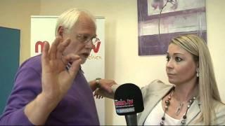 Video main.tv - Menschen bei Koblenz - Der kinesiologische Muskeltest MP3, 3GP, MP4, WEBM, AVI, FLV Agustus 2018