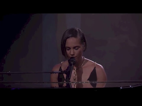 Alicia Keys - Not Even The King (Live at iTunes Festival 2012)