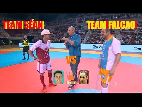 CRAZY FUTSAL SKILLS TEAM FALCAO VS TEAM SÉAN