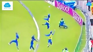 Video Best Fielding in the Cricket History - Acrobatic Fielding !!  (Please Comment ur favorite) MP3, 3GP, MP4, WEBM, AVI, FLV Agustus 2018