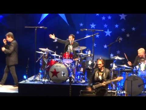 Ringo Starr & His All Starr Band – Wings & I Saw the Light, LIVE 2014 Kansas City Starlight Theater