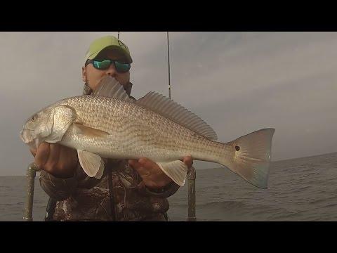 Back on the Yak! Kayak Fishing Sabine Lake (видео)