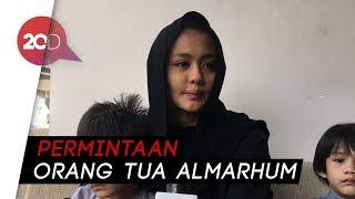 Video Alasan Jenazah Herman Seventeen Dimakamkan di Ternate MP3, 3GP, MP4, WEBM, AVI, FLV Januari 2019