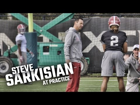 Watch Steve Sarkisian work with Jalen Hurts and the offense at practice