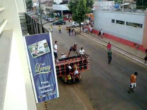 Carnaval 2012 - Pracinha do Funk em Pompéu-MG - Treinamento do Bum Bum Bum Bum Bum