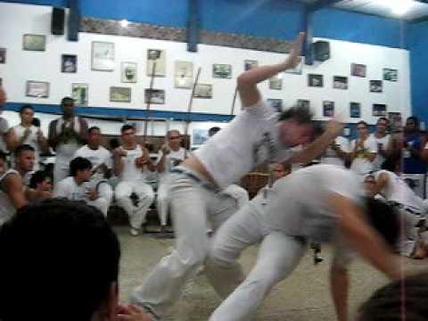 Roda na sede do Grupo Capoeira Brasil em Niterói, Festival Internacional 2009