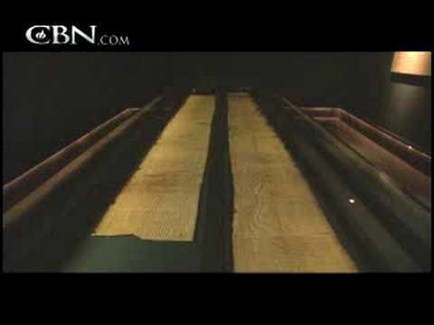 What the Dead Sea Scrolls Tell Us - CBN.com
