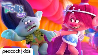 """Nonton Trolls Holiday: """"Love Train"""" Song Clip 