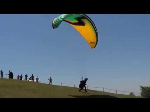 Voo de Parapente em São Pedro/Sp - Out/2016 (HD)