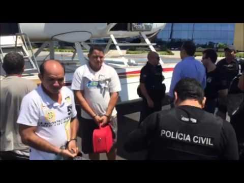 Chegada em Manaus dos acusados de envolvimento na morte do prefeito de Maraã