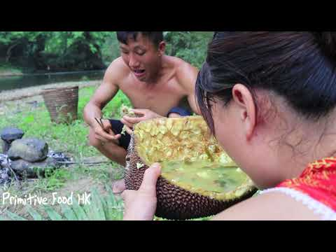 Primitive Life: Catch Fish By Hand And Cooking Fish With Jackfruit - Fish Recipes Eating Delicious