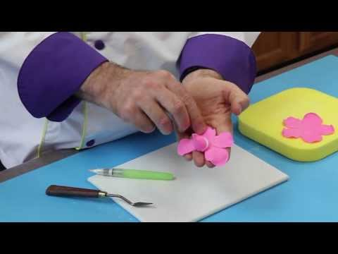 How To Make A Wireless Gumpaste Rose | Global Sugar Art