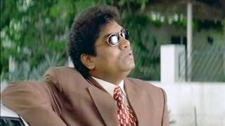 Johnny Lever Reaches Aishwarya Rai's House - LKLKBK