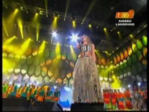 Shakira -WAKA WAKA -FIFA World Cup 2010 Celebration