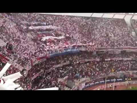 Video - RECIBIMIENTO INCREIBLE BAJO LA LLUVIA - River Plate vs Boca Jrs - Torneo de Transición 2014 - Los Borrachos del Tablón - River Plate - Argentina