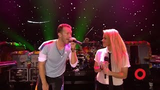 Video Coldplay & Shakira A Sky Full of Stars | Live at Global Citizen Festival Hamburg MP3, 3GP, MP4, WEBM, AVI, FLV Januari 2019