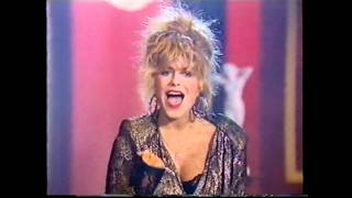 Nonton Pernilla Wahlgren   Faces In The Crowd   Razzel 1986 Film Subtitle Indonesia Streaming Movie Download