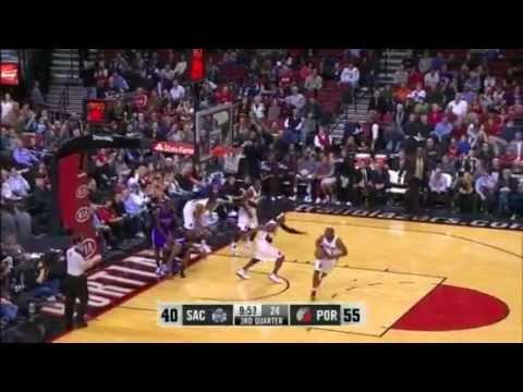 Marcus Camby blocks John Salmon from behind