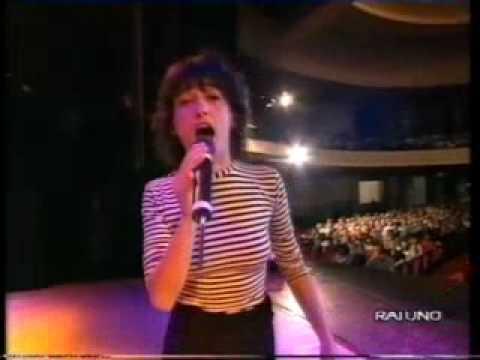 ANGELA BARALDI - Mi vuoi bene o no? (1993)