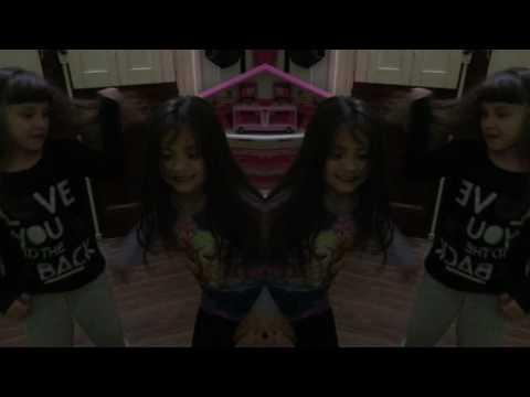 """01-Ricky Martin - La Mordidita (Official Video) ft. Yotuel"" Video de Fan"