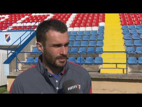 Reportaža s prijateljskih utakmica reprezentacija U-17 Hrvatske i Španjolske u Kostreni.
