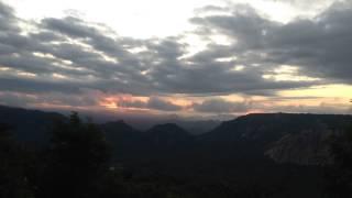 O Sol nascendo entre as serras de Martins-RN