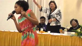 "11 yr/old Jayna sings ""Take Me to the King"" Tamela Mann - YouTube"