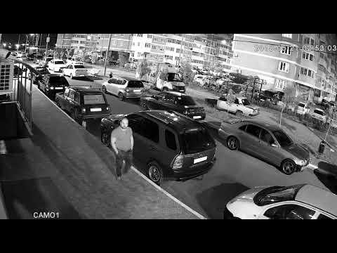 Слил бензин и украл аккумулятор
