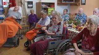 Náhled - Písně Karla Gotta rozezněly Domov seniorů