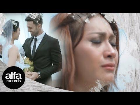 gratis download video - Tata-Janeeta--Korbanmu-Official-Video-Lirik