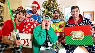 Video Christmas Stereotypes MP3, 3GP, MP4, WEBM, AVI, FLV Juli 2019