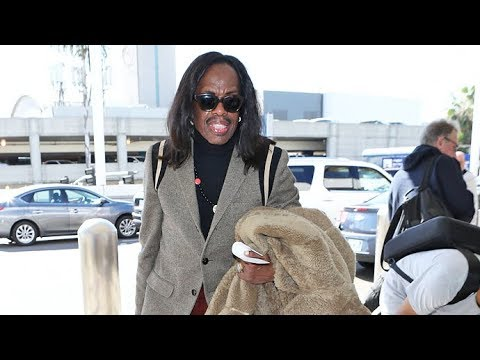 Verdine White, The Energetic Bassist For Earth, Wind & Fire, Looking Slick For Air Travel
