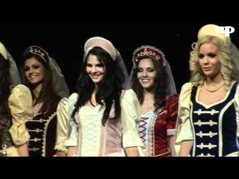 Palotást is táncoltak a lányok a Miss Alpok Adria döntőjében