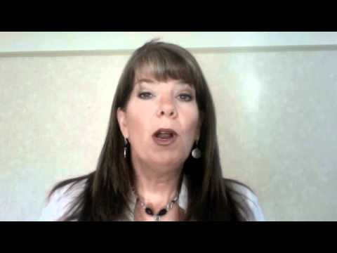 Julie Anne Jones Who Are You as A Direct Sales Leader?