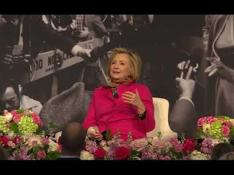 Hillary Clinton reflects on Betty Ford during Michigan visit