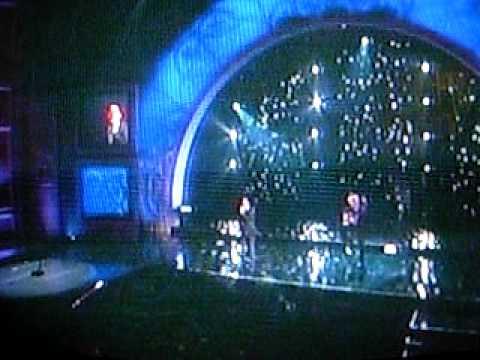 David Archuleta singing at the 2009 ALMA Awards