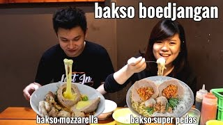 "Video ""food review"" bakso boedjangan super pedas & mozzarella MP3, 3GP, MP4, WEBM, AVI, FLV Februari 2018"