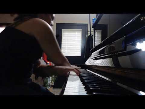 Rose Pedals - Dani Litaba