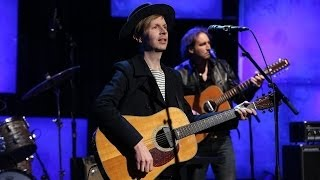Beck Performs 'Blue Moon'