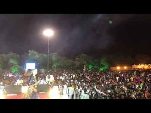 Video Garvi re Gujarat Ma Ahir Vat Chhe Tamaro : Geeta Rabari in Rajkot Navratri 2018 download in MP3, 3GP, MP4, WEBM, AVI, FLV January 2017
