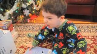 Ben Aaron Celebrates The Funniest and Strangest Holiday Bloopers