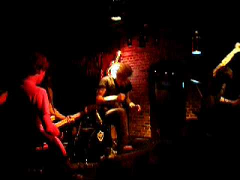 From Autumn To Ashes - Cherry Kiss (The AKA Lounge - Orlando, FL - 12/06/07) (видео)