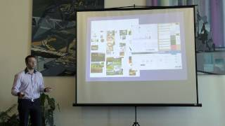Foto z akcie BarCamp Bratislava prednáša Michal Mervart.