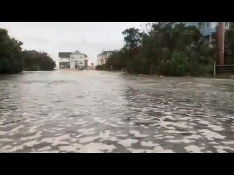 Ο τυφώνας Φλόρενς σφυροκοπά τη Βόρεια Καρολίνα